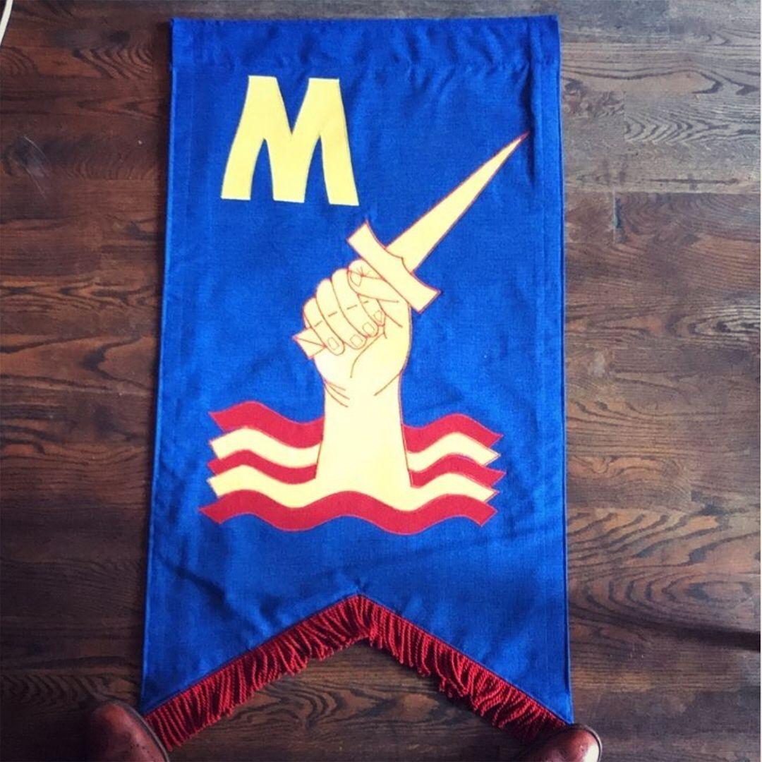Mutiny_Flag-Floor